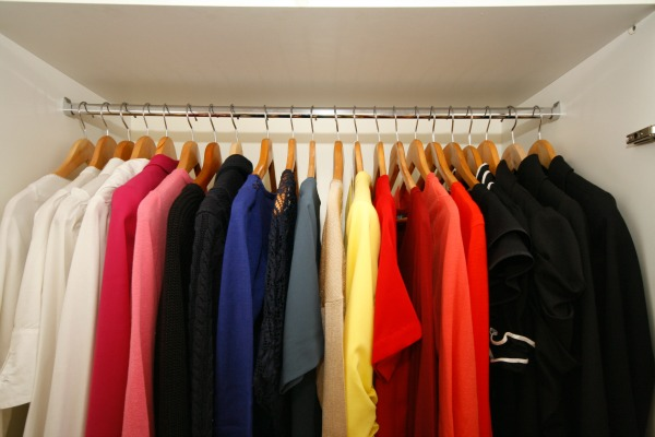 Organised Clothes In Wardrobe